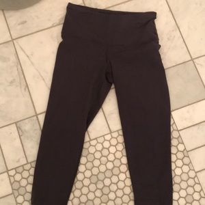 Lalabu high waist gray crop leggings